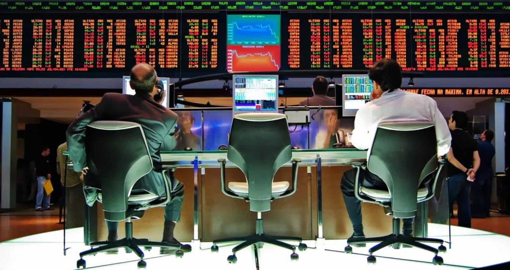 Broker ECN vs Market Maker: vantaggi e svantaggi per il trading