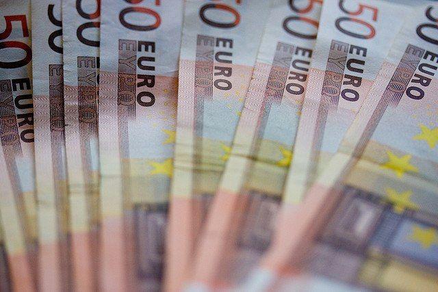 Come investire soldi: dai 1000€  ai 10000€ o 50.000 euro [Consigli per investire]