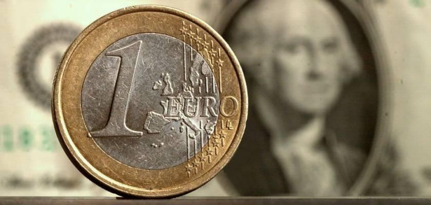 Quanto vale un dollaro in euro?