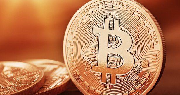 Bitcoin VS Oro: moneta digitale o nuovo bene rifugio?