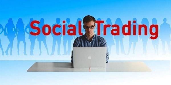 Mirror trading: quali sono le differenze con il social e copy trading?