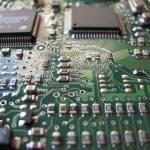 Investire in semiconduttori: come fare trading sulle azioni chip-tech